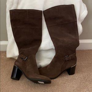 Bandolino Brown Suede Boots